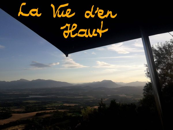 Trip in de Haute Provence - Op het terras van Restaurant La Vue d'en Haut