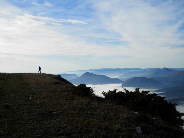Bij Aspres. Montagne de Longeagne, startplek voor delta en parapente; Les Glycines Mison