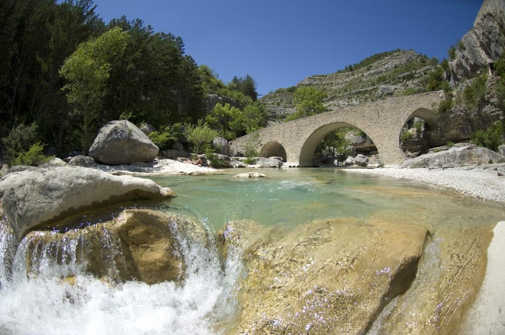 Blog de Basses Alpes Gorges de la Meouge Haute Provence; kwartier gaans van Chambres d'hotes Gites Les Glycines
